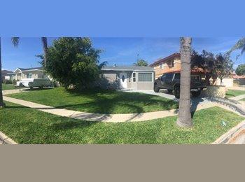EasyRoommate US - Roommate wanted in spacious house in quite neighborhood, Redondo Beach - $750 pm