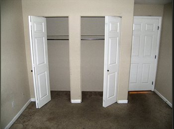 EasyRoommate US - ONLY FOR MEN Available space in Lakewood CO Belmar area for only 720/m!!!, Lakewood - $600 pm