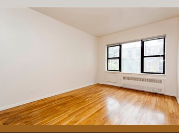 EasyRoommate US - Spacious 1 BR Apt in near Columbus Circle & Lincoln Center, Hell's Kitchen - $2,275 pm