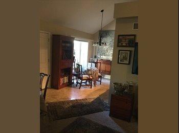 EasyRoommate US - Location location location , Camelback East Village - $600 pm