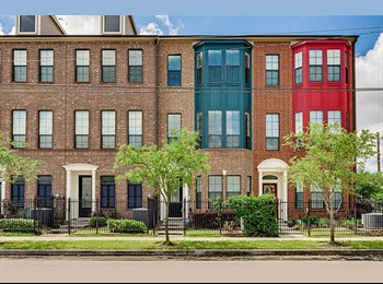 EasyRoommate US - Washington/Heights Townhome (BILLS INCLUDED), Houston - $1,400 pm