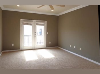 EasyRoommate US - Beautiful Dallas Condo - Looking for a Roommate, Oak Lawn - $800 pm