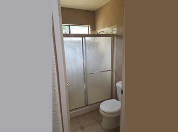 EasyRoommate US - Master bedroom and  Master bath. Private entrance , Chula Vista - $700 pm