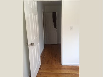 EasyRoommate US - great home!!, North Riverdale - $950 pm