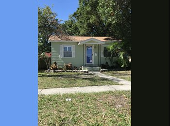 EasyRoommate US - One bedroom in two bedroom house for rent, Pinellas Park - $600 pm
