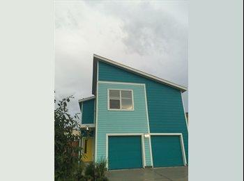 EasyRoommate US - Quaint neighborhood near downtown , Shady Acres - $800 pm