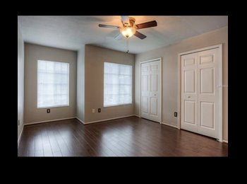 EasyRoommate US - Welcome Home!!, Brandon - $800 pm