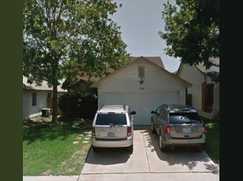 EasyRoommate US - YOU rent 2 bdrm/1 bath in my awesome 3/2 house (between Pflug & RR), Hutto - $650 pm
