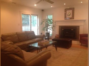 EasyRoommate US - Great home in great neighborhood, North Central - $750 pm