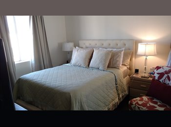 EasyRoommate US - One room for a couple, Hollywood - $1,400 pm