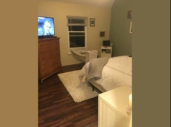 EasyRoommate US - Come Live With Us!!!, Lake View - $1,000 pm