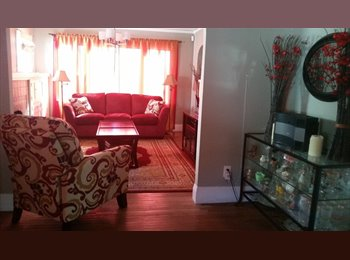 EasyRoommate US - $995 QUIET CLEAN SHARED HOME CLOSE TO BART & MILLS COLLEGE, Arroyo Viejo - $995 pm