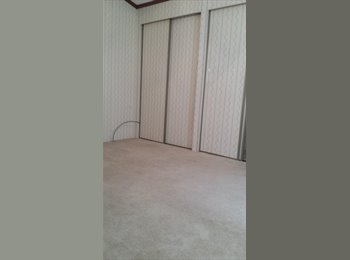 EasyRoommate US - Affordable place to stay, East Glenville - $370 pm