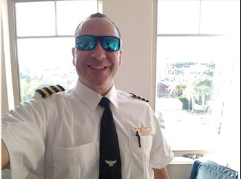 EasyRoommate US - Christopher - 43 - North Fort Myers