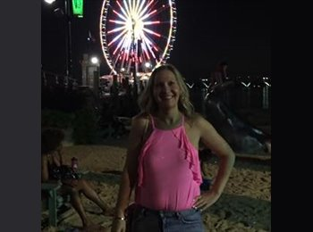 EasyRoommate US - Jenny - 36 - Virginia Beach