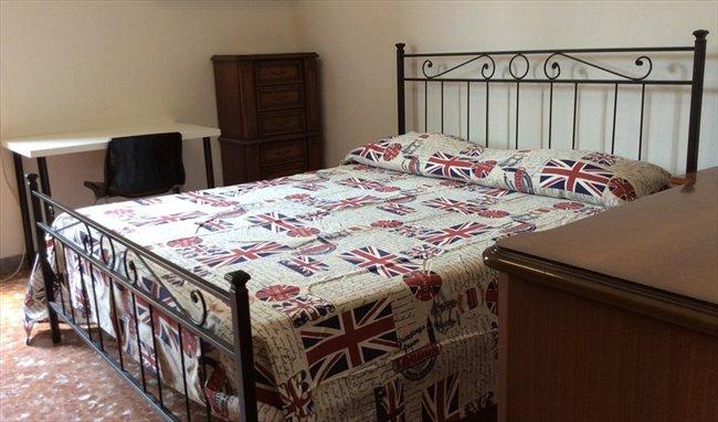 Stanze e Posti Letto in Affitto - Don Bosco-Cinecitta' - TOR VERGATA STANZE SINGOLE ARREDATE | EasyStanza - Image 4
