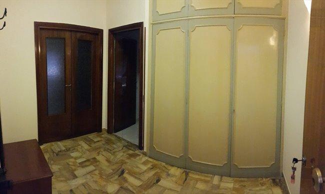 Stanze e Posti Letto in Affitto - Don Bosco-Cinecitta' - AFFITTASI STANZE DOPPIE  | EasyStanza - Image 8