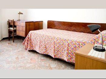 EasyStanza IT - Single bedrooms downtown Salerno (with Wi Fi), Salerno - € 320 al mese