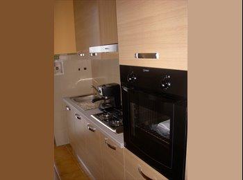 EasyStanza IT - Affitto camere in villa periferia sud-est Varese, Malnate - € 300 al mese