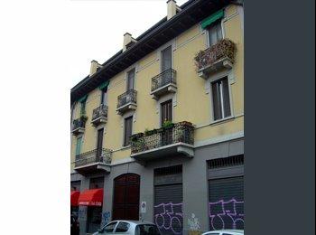 EasyStanza IT - affitto appartamento zona gioia per 3 persone, Centrale - Loreto - € 990 al mese