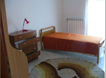 EasyStanza IT - DOUBLE  room Camera Doppia (uso singola 400€), Salerno - € 450 al mese