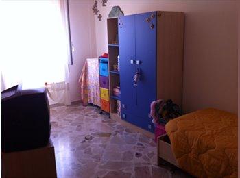 EasyStanza IT - affitto stanze ARREDATE, Palermo - € 150 al mese