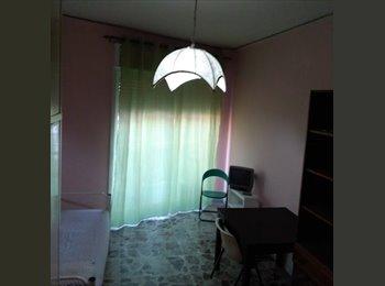 EasyStanza IT - affitto camere singole e posti letto, Napoli - € 300 al mese