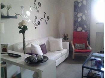 EasyStanza IT - camera matrimoniale + bagno privato zona centralissima Brignole, Genova - € 400 al mese