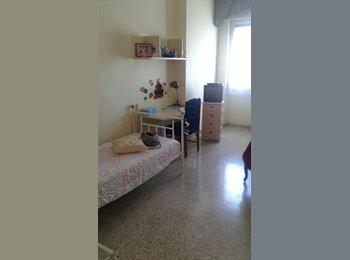 EasyStanza IT - Affitto singola 220 euro , Bari - € 220 al mese