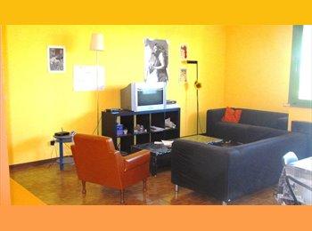 EasyStanza IT - appartamento  moderno, ampio,luminosissimo vicino al centro, Padova - € 160 al mese