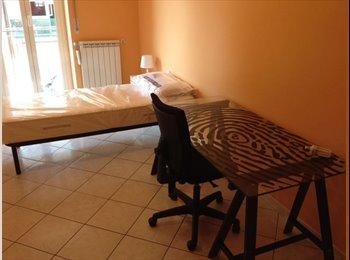 EasyStanza IT - fittasi stanza singola in bellissimo appartamento, Don Bosco-Cinecitta' - € 350 al mese