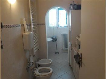 EasyStanza IT - Stanza Rimini Marina centro , Rimini - € 320 al mese