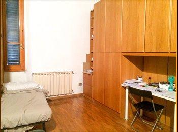 EasyStanza IT - Stanza singola in centro, Firenze - € 510 al mese