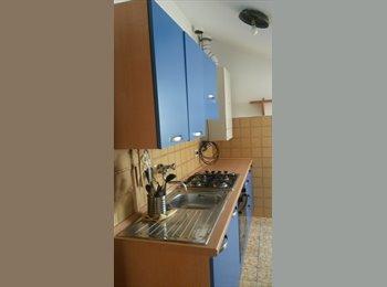 EasyStanza IT - Appartamento zona centro, Ancona - € 550 al mese