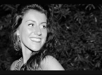EasyStanza IT - Angie Sabbi - 19 - Firenze