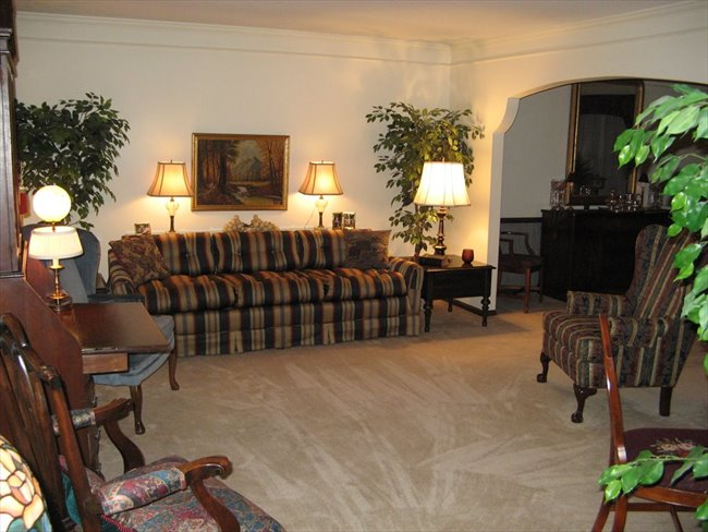 Room for rent in Overland Park - Fully furnished, All Utilities, HouseKeeper, Exercise Equipment and HS Internet Included - Image 7