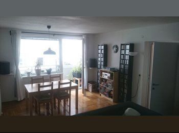 EasyWG AT - Zimmer in großzügiger, heller 2er-WG frei, Wien - 470 € pm