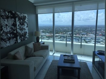 EasyRoommate AU - Studyroom of CBD Apartment in Southport [FEMALE ONLY], Southport - $180 pw
