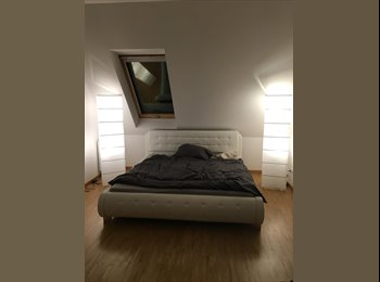 EasyWG DE - Room in Cozy RoofTop Apartment, Berlin - 650 € pm