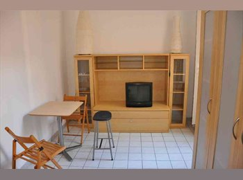 Appartager FR - NICE CENTRE F1 très calme balcon 30m2 TRAMWAY LIBERATION, Nice - 580 € /Mois