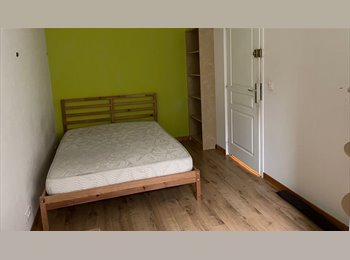 Appartager FR - chambre meublée dans grand appartement avec jardin, Orvault - 370 € /Mois