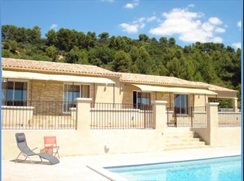 Appartager FR -  villa grand confort pour jeunes actifs, Meyreuil - 600 € /Mois