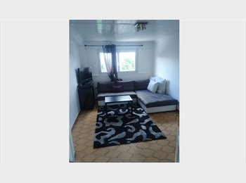 Appartager FR - LOUE CHAMBRES MEUBLEES Proche Campus, Grenoble - 300 € /Mois