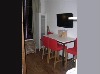 Appartager FR - Studio Paris 20ème, 20ème Arrondissement - 890 € /Mois
