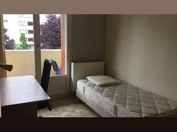 Appartager FR - location chambre meublée, La Tronche - 380 € /Mois