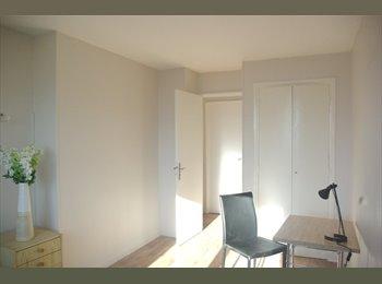 Appartager FR - ECOLE D'INFIMIERES - EN3S -HOP. BELLEVUE- HONORE D'URFE, Saint-Etienne - 297 € /Mois