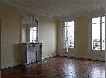Appartager FR - A la recherche d'un colocataire pour 2 mois, 4ème Arrondissement - 830 € /Mois