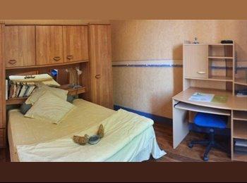 Appartager FR -  Chambres en cohébergement , belle prestation sud ouest LYON, Chaponost - 315 € /Mois