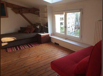 Appartager FR - Chambre individuelle +salle de bain dans loft Paris 20ème, 20ème Arrondissement - 1000 € /Mois