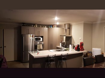 NZ - Furnished Room, Close to City, Christchurch - $120 pw